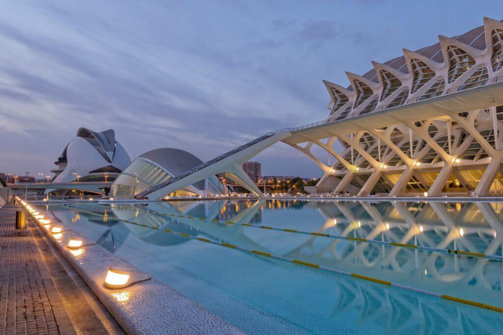 Hvis du først er i Valencia må du ikke glemme å se på byens severdigheter også